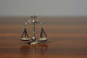 Servicii avocatura pentru persoane fizice